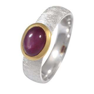 Ring Star Ruby