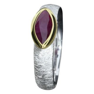 Ring Red Sapphire